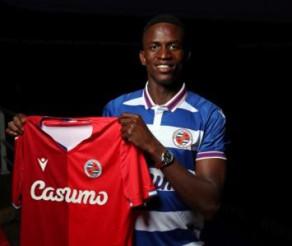 Alfa Semedo Signs for ReadingFC
