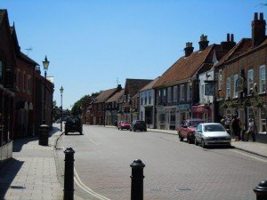 pic 11 - Theale High Street