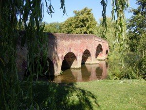 pic 9 - sonning bridge